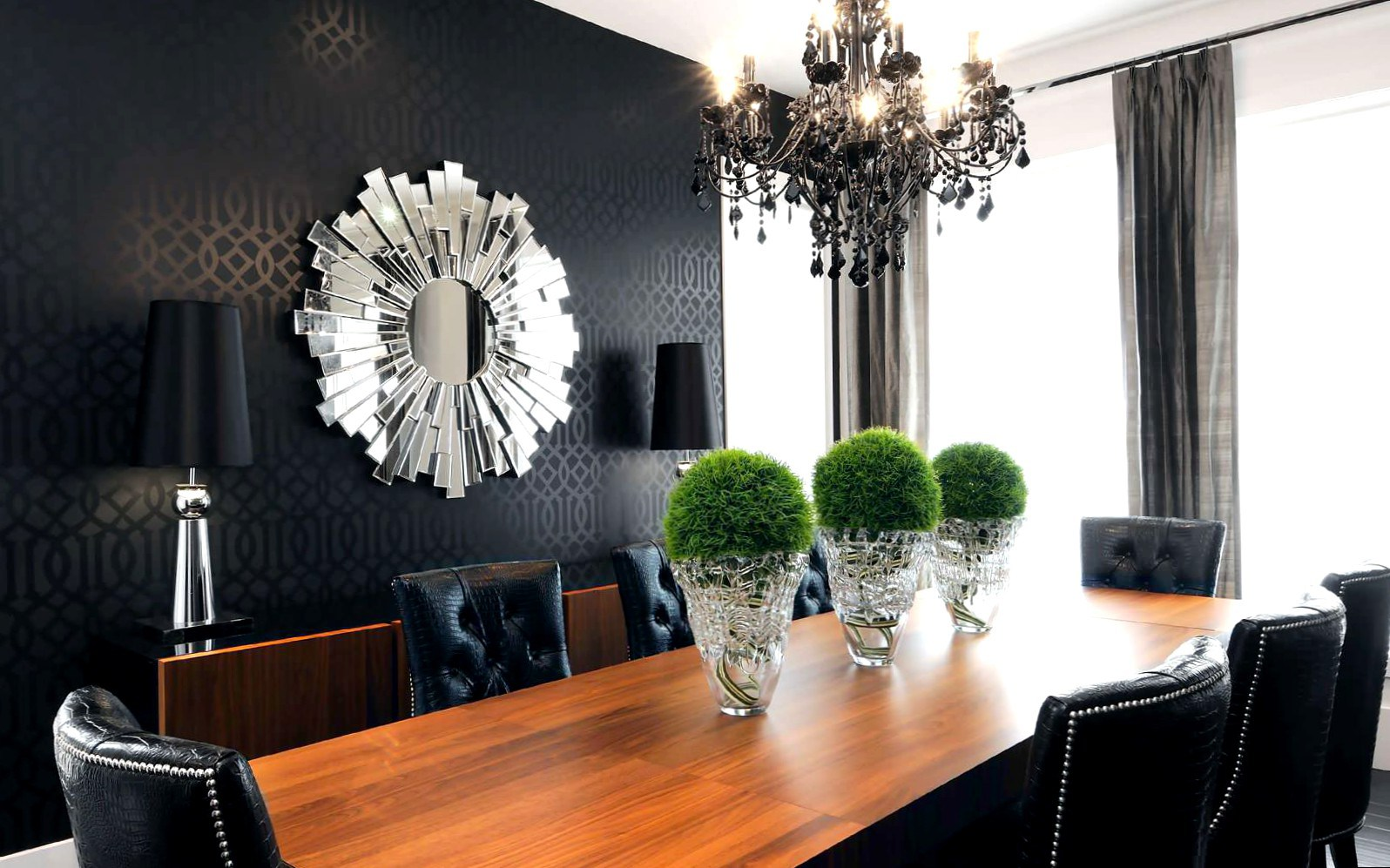 Как подойти к выбору люстры для квартиры?